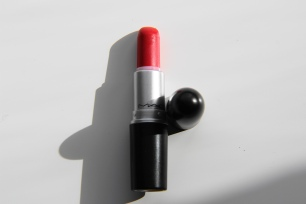 Ruby Woo - Mac